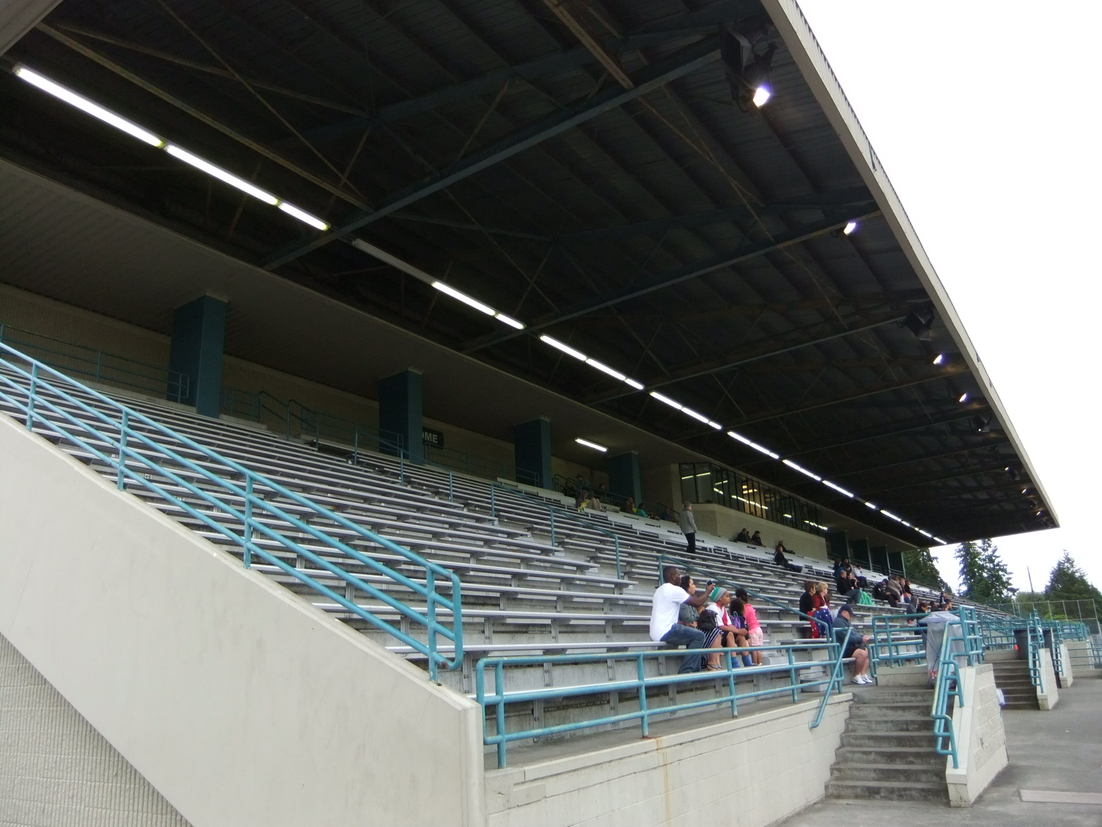 Edmonds Stadium 08