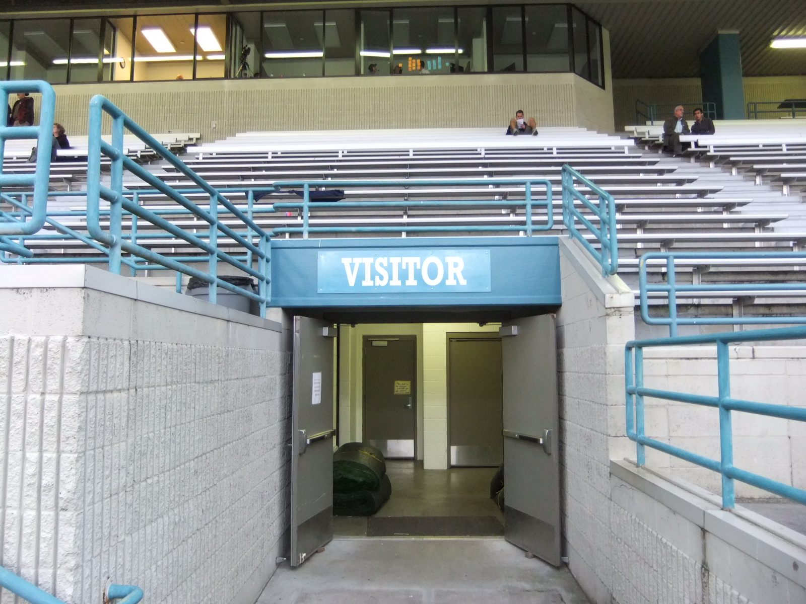 Edmonds Stadium 14