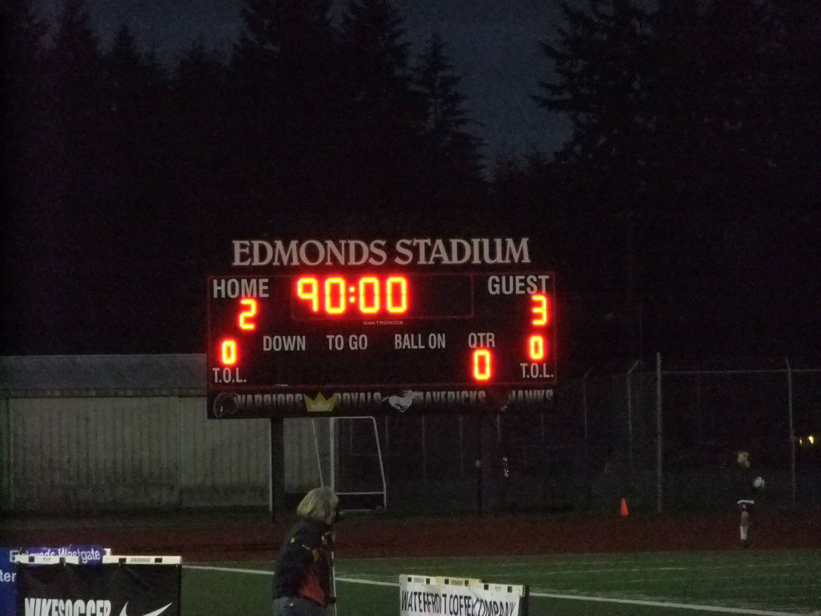 Edmonds Stadium 38