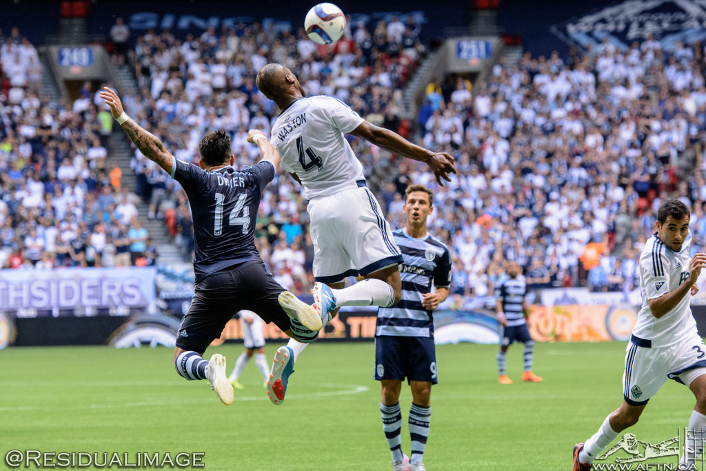 Kendall Waston v Dom Dwyer - The Battle In Pictures (10)
