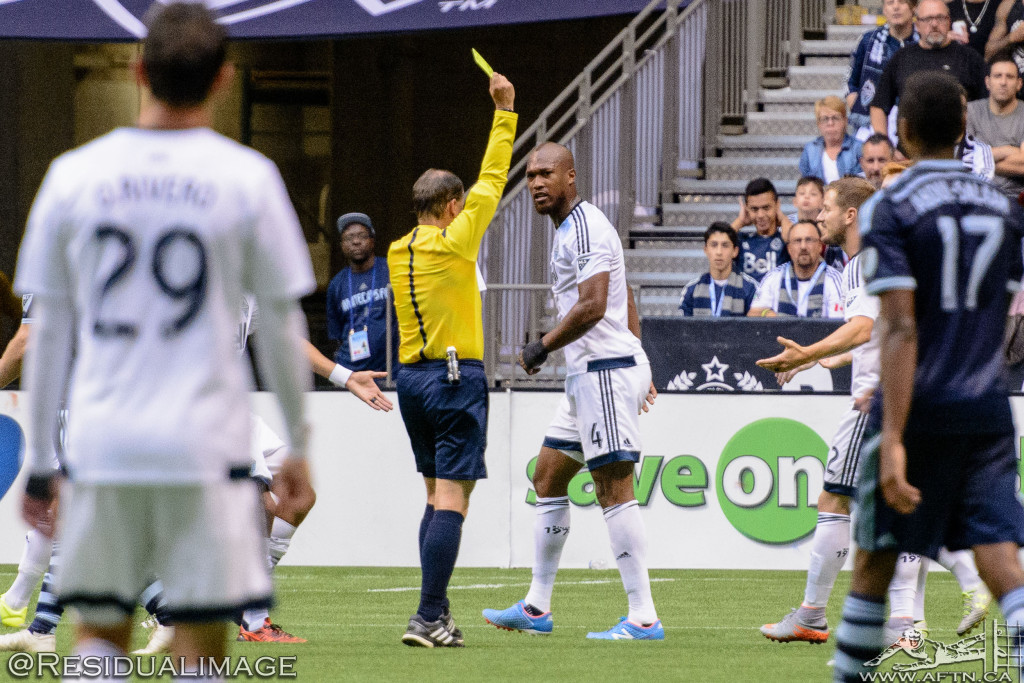 Kendall Waston v Dom Dwyer - The Battle In Pictures (14)