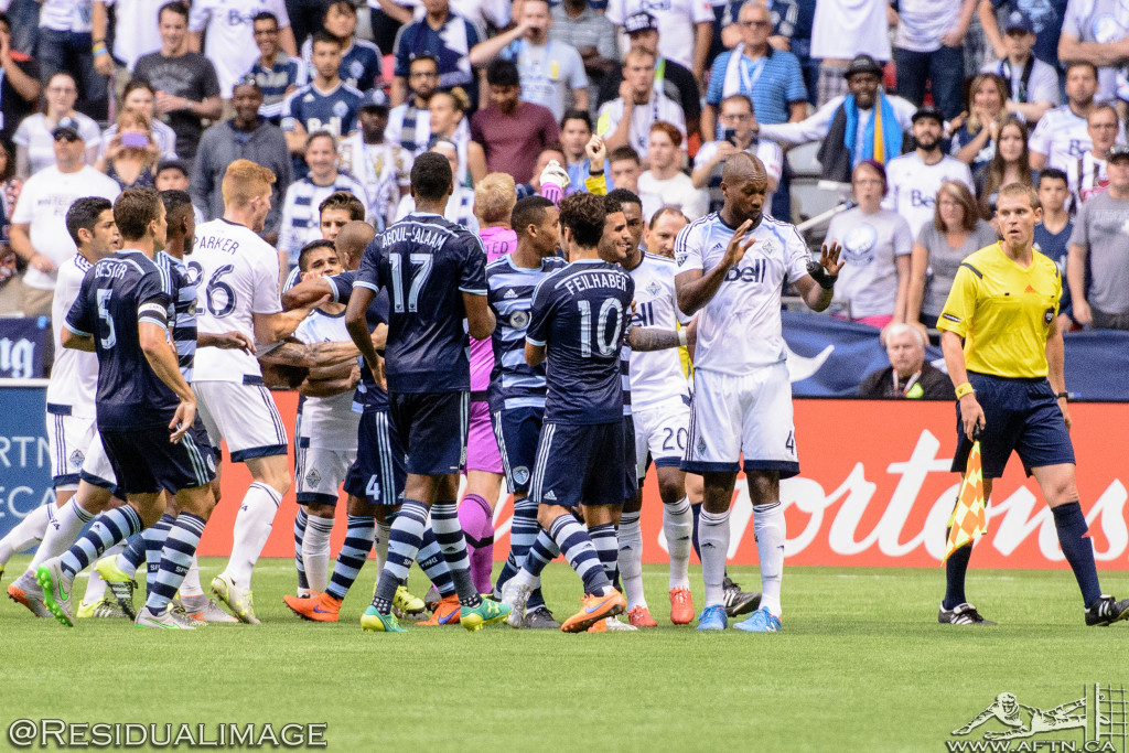 Kendall Waston v Dom Dwyer - The Battle In Pictures (19)