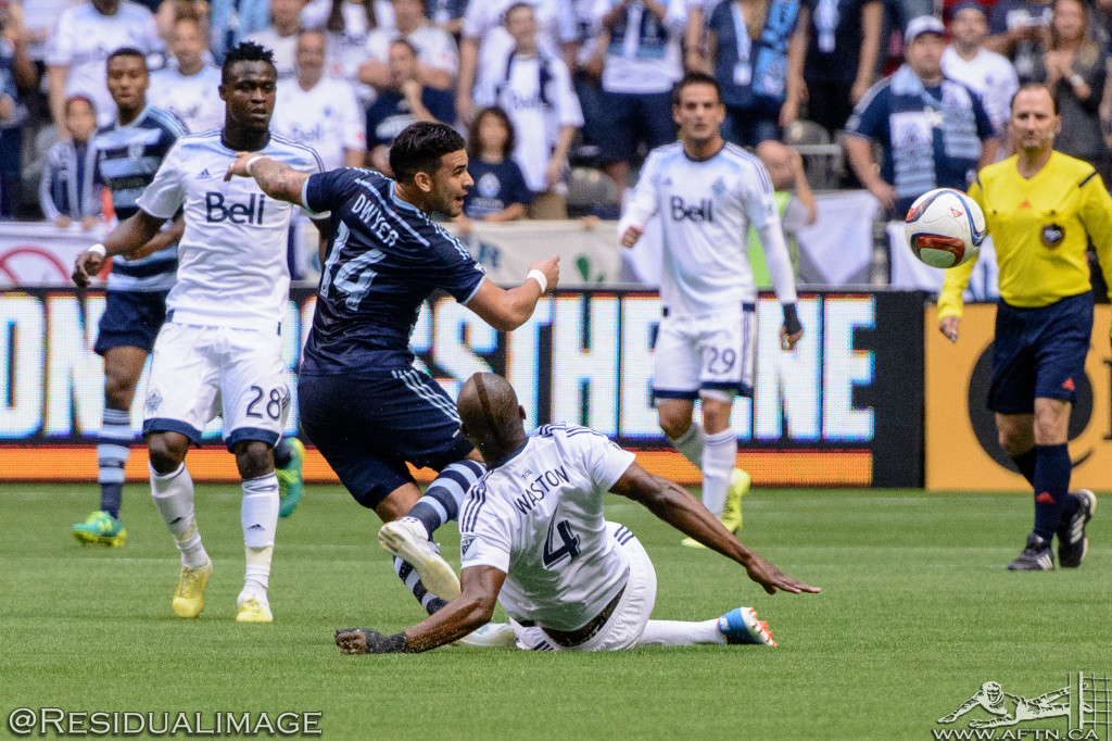 Kendall Waston v Dom Dwyer - The Battle In Pictures (3)