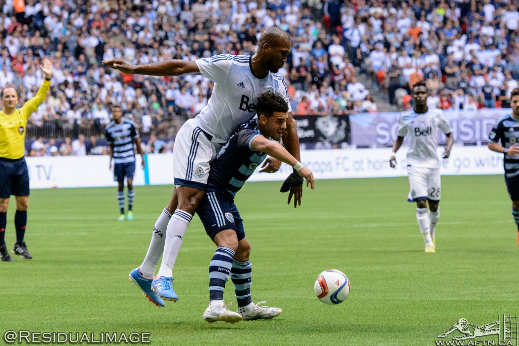 Kendall Waston v Dom Dwyer - The Battle In Pictures (4)