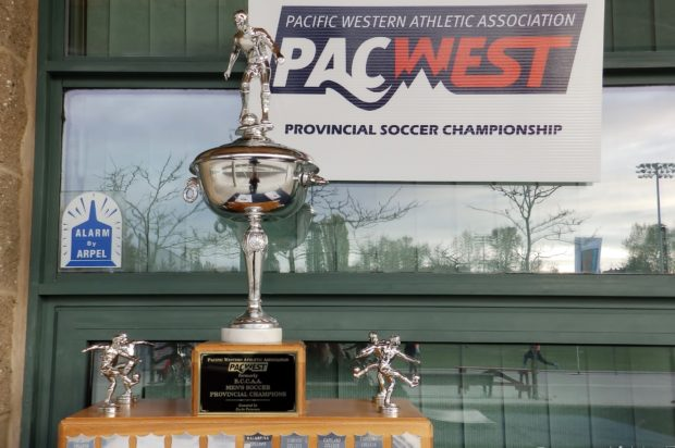 Douglas Royals beat ten-man VIU Mariners on penalties to face Capilano Blues in PACWEST final