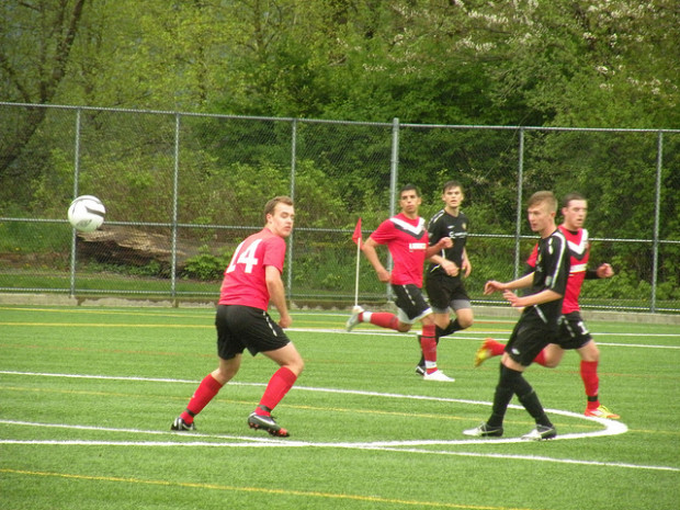 Victoria Highlanders Prospects outgunned in Port Moody