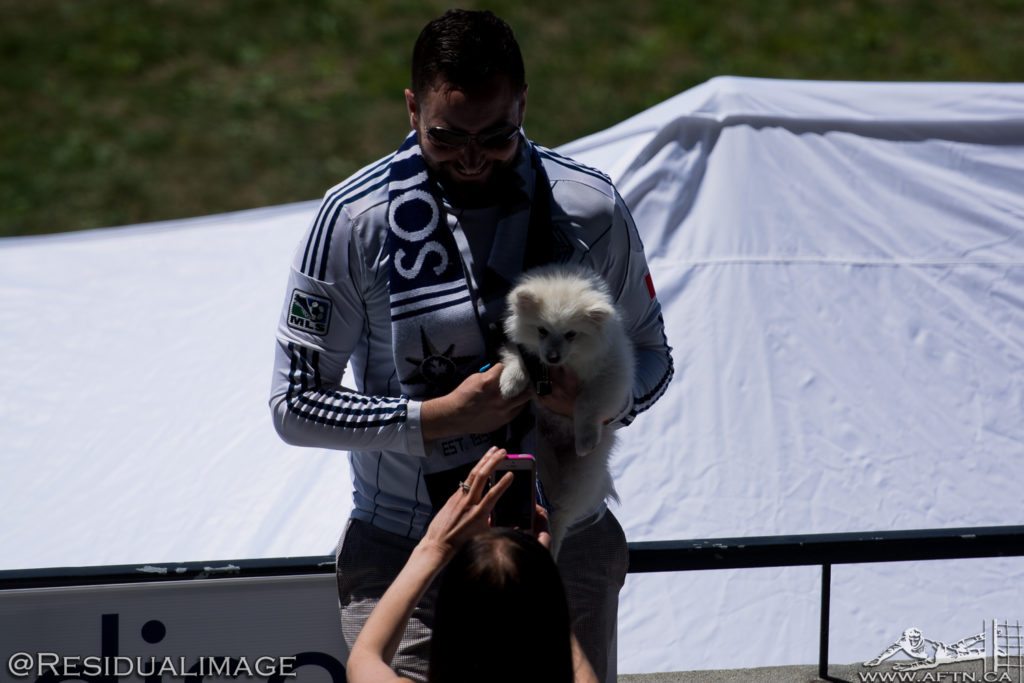vancouver-whitecaps-bark-at-the-bird-2015-1