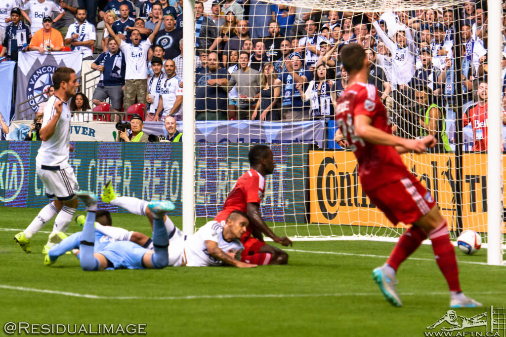 Vancouver Whitecaps v FC Dallas - The Story In Pictures - Aug 2015 (78)