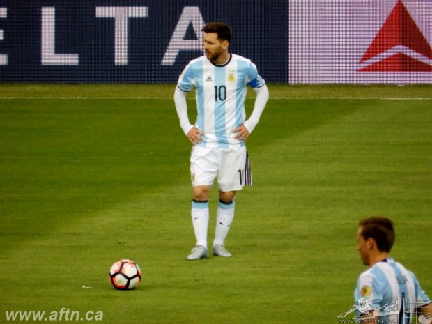 "Messi mania in full effect at Copa America in Seattle: ""He has that obligation to fulfill"""