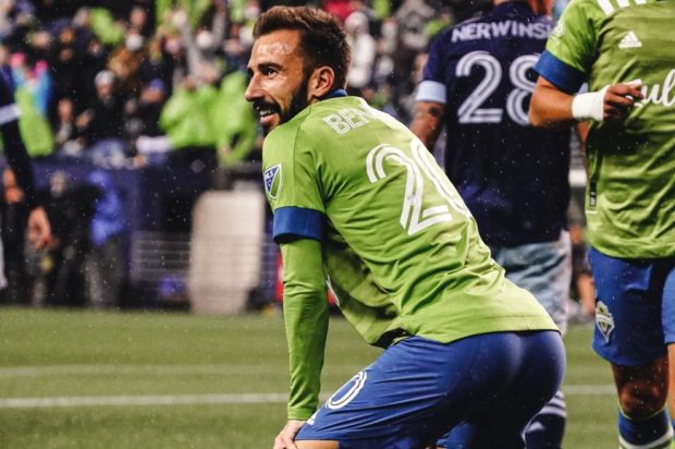Report and Reaction: Four is enough as Vancouver soundly beaten in Seattle