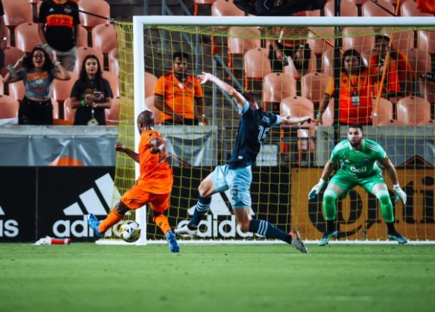Report and Reaction: Whitecaps dull draw with Dynamo keeps them on outside of the playoff picture looking in but still in the hunt